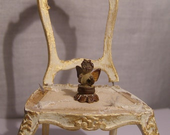 Very small rusty angel, Dollhouse miniature, scale 1:12