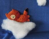Sleeping Foxy - Cute felt fox brooch