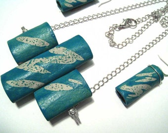 jewelry necklace teal blue brushstroke in paper clay