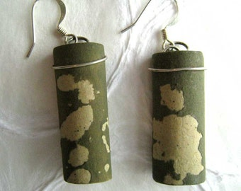 jewelry earrings olive green brushwork in paper clay