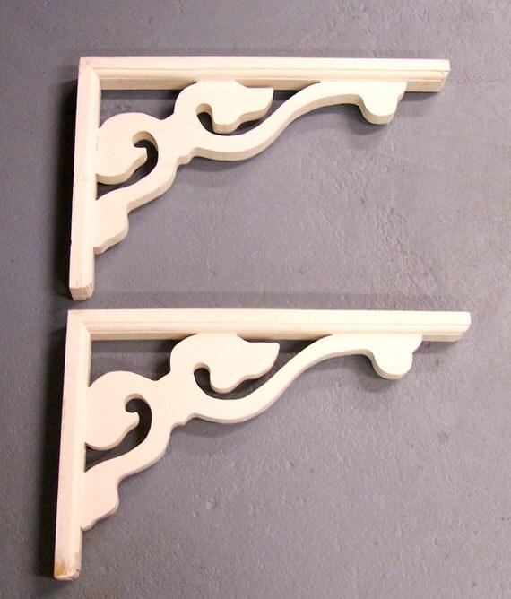 vintage pair of wood shelf brackets shabby by tsvintagewares. Black Bedroom Furniture Sets. Home Design Ideas