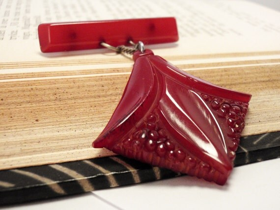 Vintage Red Bakelite Brooch - Hanging Suspended - Art Deco 1930s - Semi-Transparent Oxblood