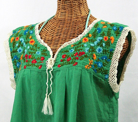 "Mexican Peasant Top Blouse Sleeveless Hand Embroidered: ""La Marbrisa"" Green"