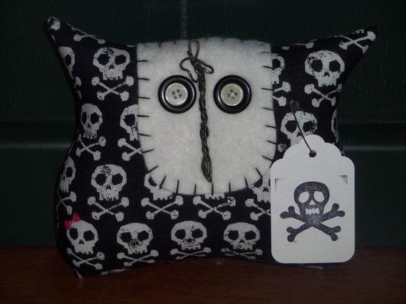Primitive/Shabby Owl Doll - Skull/CrossBones - Tuck/Ornie/Bowl Filler - Emo/Gothic