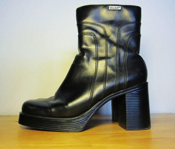 VEGAN Vintage 90s Mudd Chunky Black Platform Boots Size 8 1/2 M