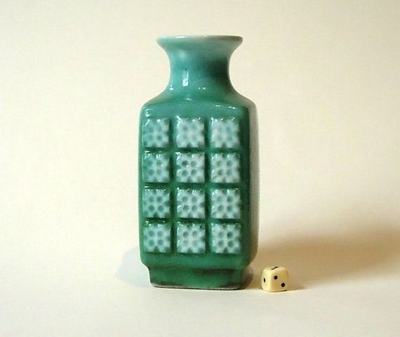 German Ceramic Vase by VEB Haldensleben // Ceramic // Green // mid century