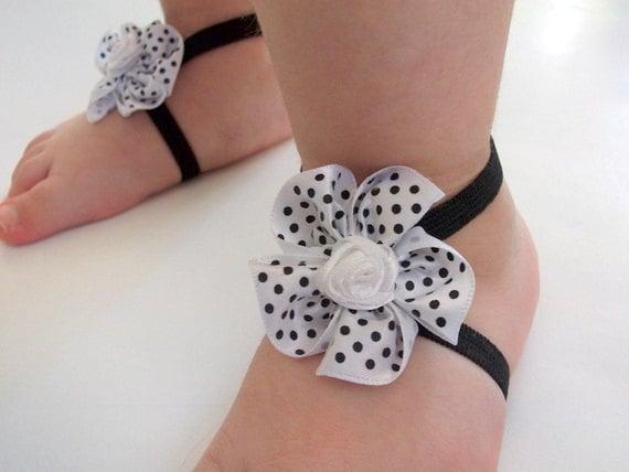 Polka dot Flower Baby Barefoot Sandals - Baby Sandals - Barefoot Sandals-Handmade Baby Sandals with Cute Yoyo