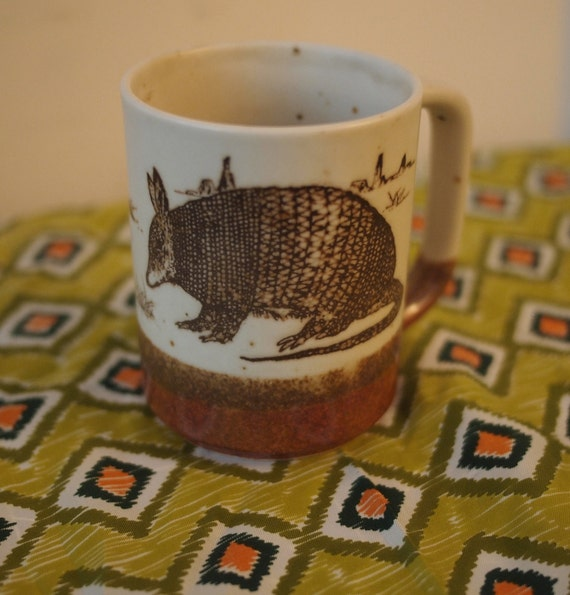 Retro 1970s Armadillo Stonewear Mug Pencil cup Shaving mug