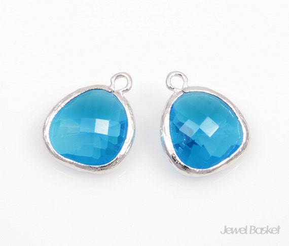 MARKDOWN - Capri Blue Color and Silver Framed Glass Pendant, 2pcs Capri Blue color pendant, Earrings Jewelry Pendant / 13 x 16mm / SCBS001-P