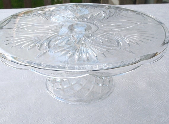 Beautiful Vintage Crystal Cake Stand with Scalloped Edges