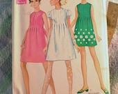 Vintage Simplicity Dress Sewing Pattern No.7633