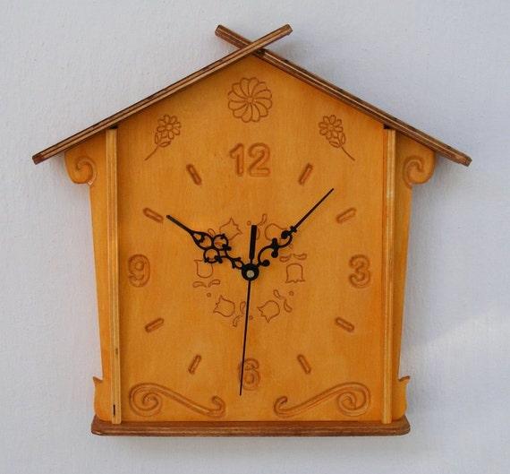 Wooden wall clock - cuckoo clock style