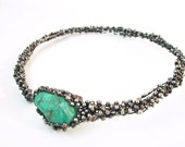 Silver necklace in handmade with green stone