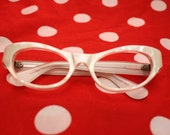 50's White Pearl Cat Eye Glasses