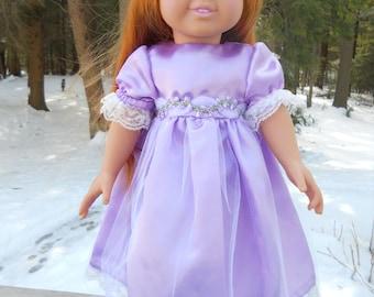Elegant light purple party dress