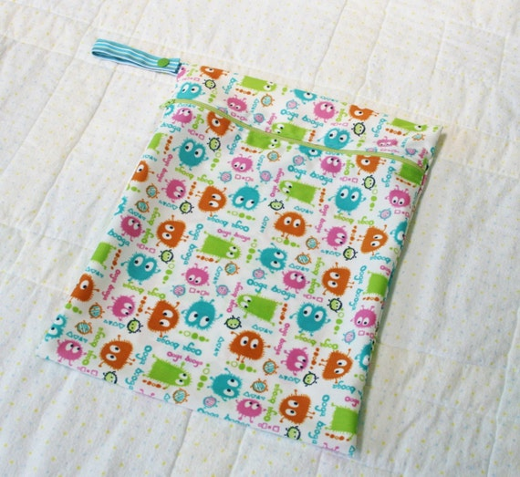 11x14 Wet Bag - Ooga Booga Spring Print - Hanging Zippered Bag - Reusable, Washable, Eco Friendly, Water Resistant - WetBagIt