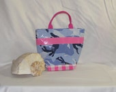 Beavertail Small Oilcloth Lunch Tote