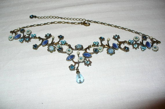 Vintage Avon Necklace Blue Beads and Crystals