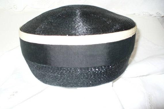 Vintage Ladies Black Straw Hat