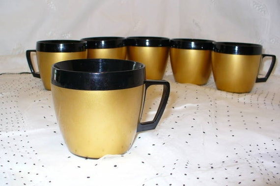 Vintage West Bend Thermo-Serv Mugs Gold
