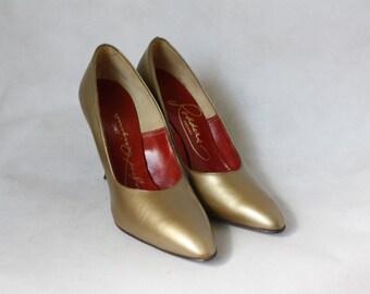 Vintage Pumps / 1960's Heels / Vintage Barefoot Originals / Gold Pumps / Stiletto Heels / Vintage Shoes 7N