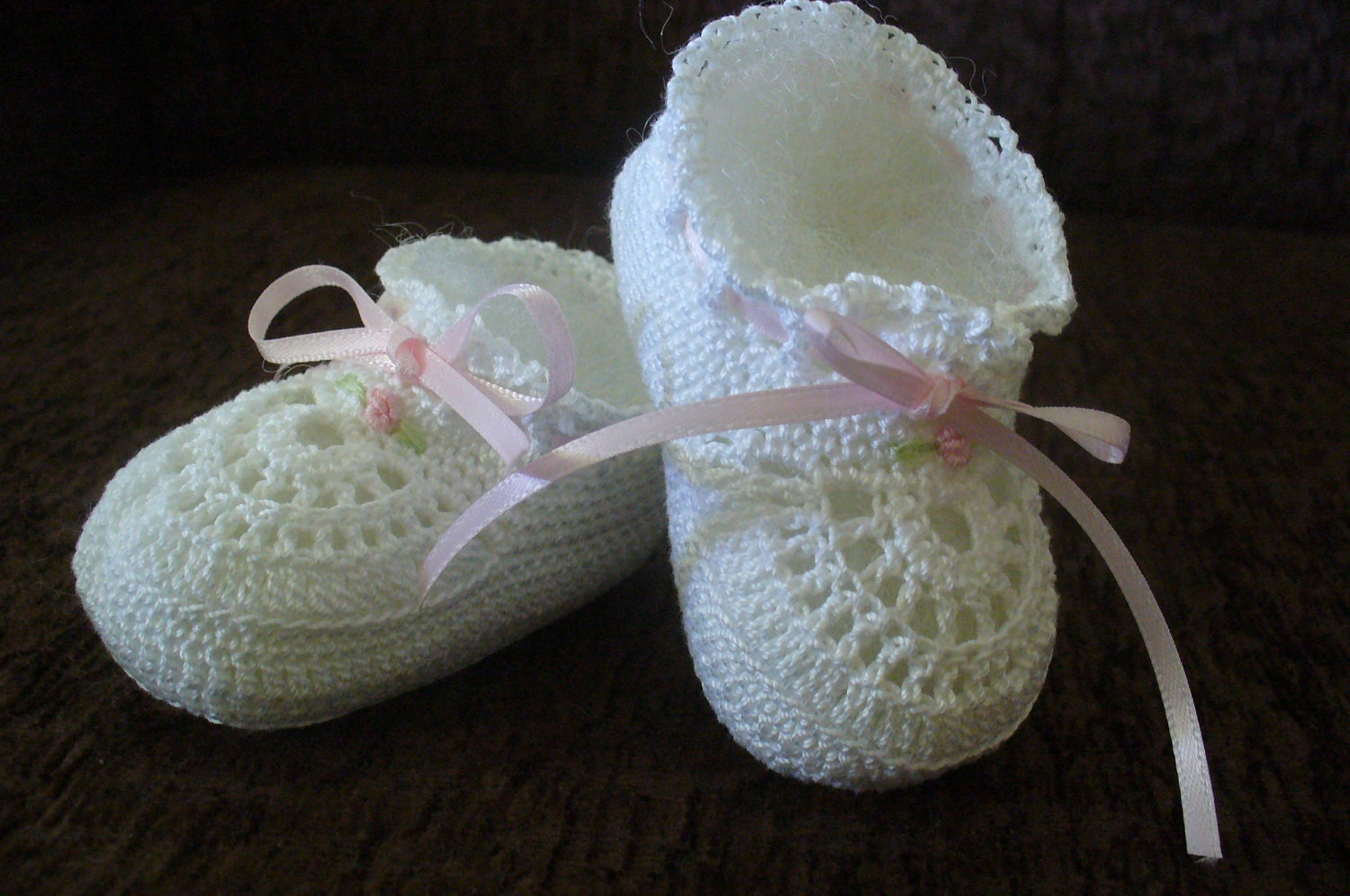 Free Crochet Patterns For Cotton Thread : Hand Crocheted Old Fashioned Cotton Thread Baby Girl Booties