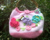 BEAUTIFULL CROCHET PURSE/  bag tote pink with flowers ,  bumblebee