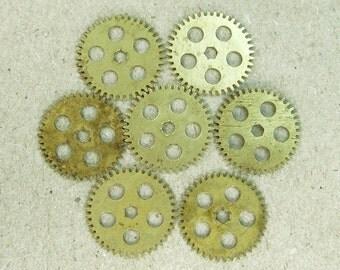 Brass Clock Gears Wheels - Steampunk Jewelry Findings - set of 7 - G16