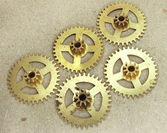 Brass Clock Gears Wheels - Steampunk Jewelry Findings - set of 5 - G26