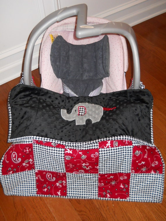 Alabama Elephant with Houndstooth Car Seat Quilt