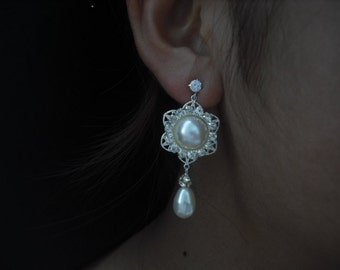 SALE - Pearl Center Drop Post Earrings,  Bridal Earrings, Vintage Style Earrings, Bridal Jewelry, Weddng Jewelry