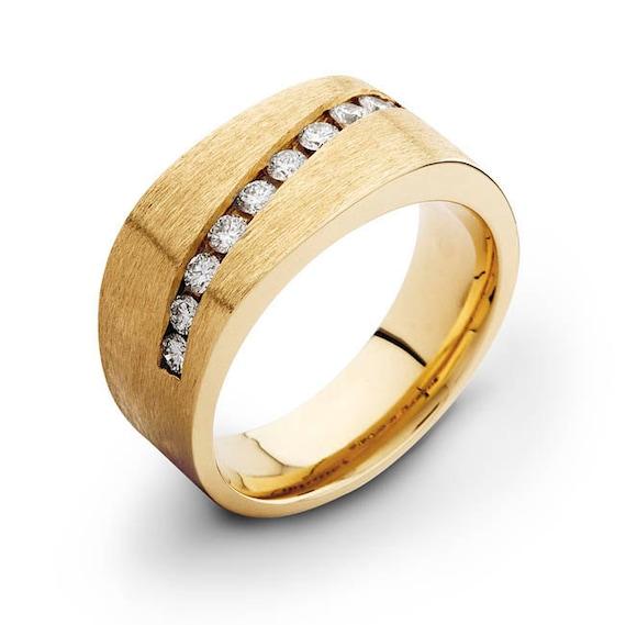 14kt yellow gold mens diamond wedding band 0.60 ctw G-VS2 quality