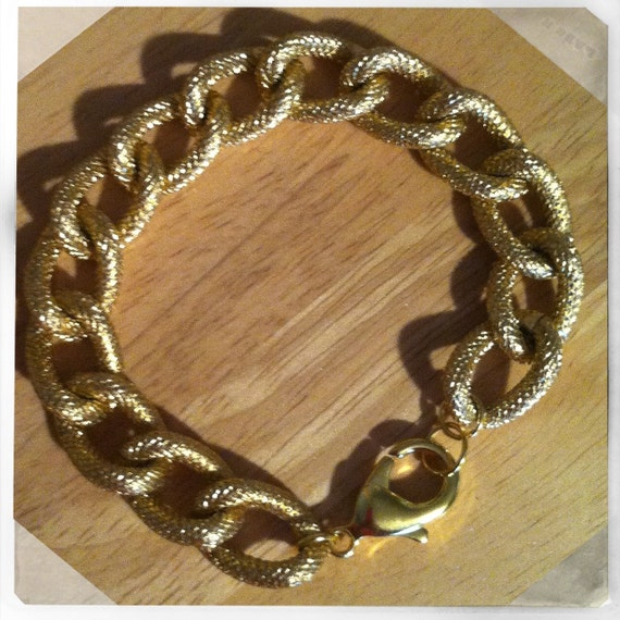 The CALISSA: Gold Textured Copper Chain Bracelet