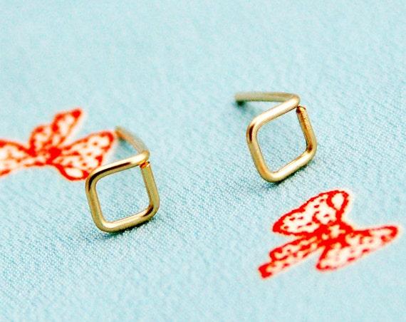 Square stud earrings, minimalist tiny geometric stud earring, geometric earring, post earrings, gold post, silver post, minimalist gold