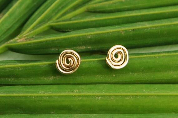 Stud earrings, spiral gold post earrings, gold infinity post earring, circle small stud earring, spiral silver earrings, post earrings