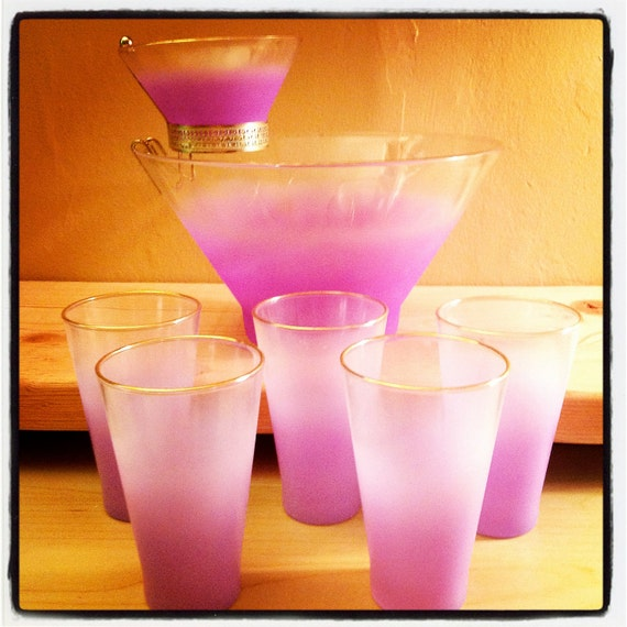 Eight Piece Set//1950s Frosted Lilac/Lavender Chip and Dip with Cups