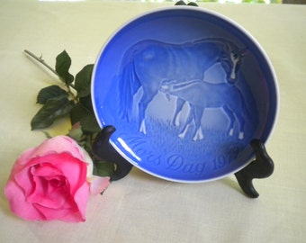 1972 Bing and Grondahl Mother's Day Collector Plate