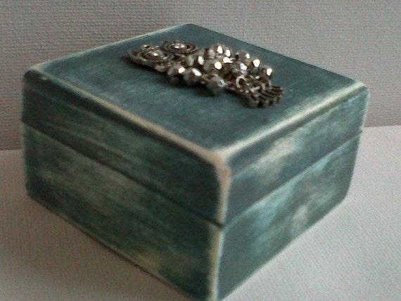 keepsake / jewellery box