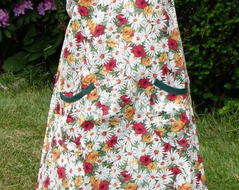 Daisies and Roses Wrap-a-round Apron, Girls