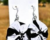 Black & White Chevron Yo-Yo Earring
