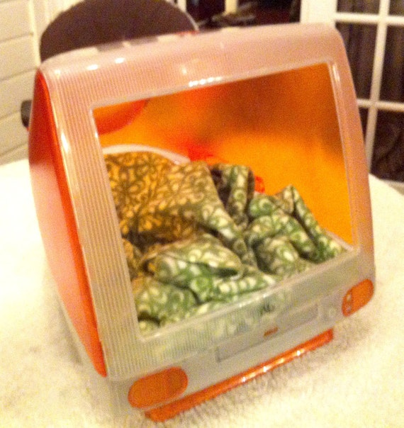 Up-cycled iMac Cat Bed