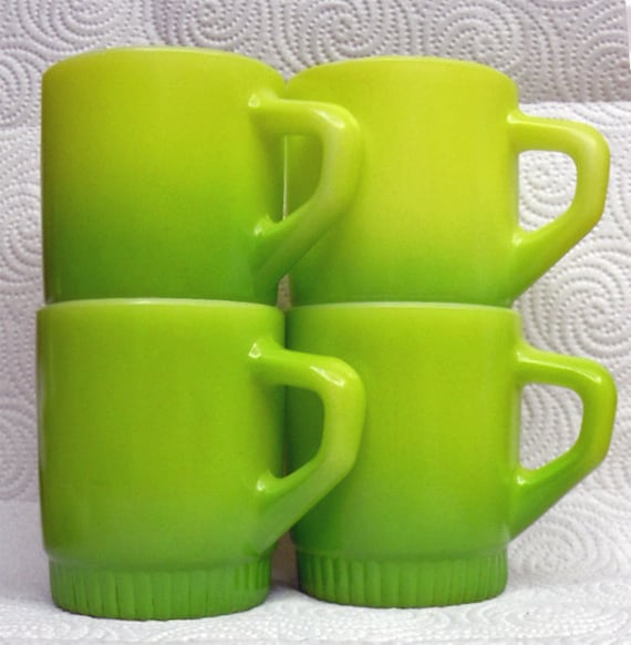 Set of 4 Anchor Hocking / Fire King Lime Green to Chartreuse Stackable Mugs, Barely Used Condition