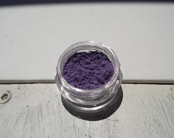 That Bimbo Rich Purple Eyeshadow