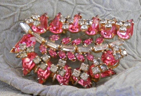 Beautiful Vintage Hot Pink and Clear Rhinestone Brooch/Pendant by Symphony Original 1940 - 1950