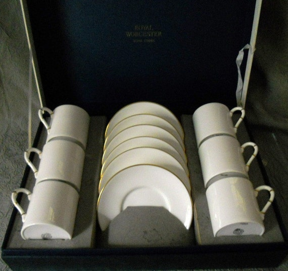 Antique Royal Worcester Set of 12 Boxed Tea/Demitasse Cups and Saucers - Hand painted and Numbered