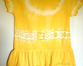 Toddler Yellow Tie Dye Ruffled Tshirt Dress Size 2T Enhanced Necklace Belt Look