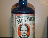 Vintage Mrs. Stewart's Glass Liquid Bluing Bottle 1957
