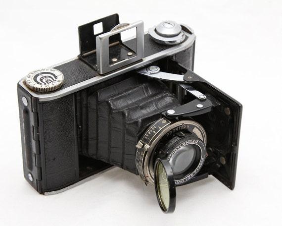 6x6cm Voigtlander Bessa 66 Camera - Medium Format Folding Camera 1930s