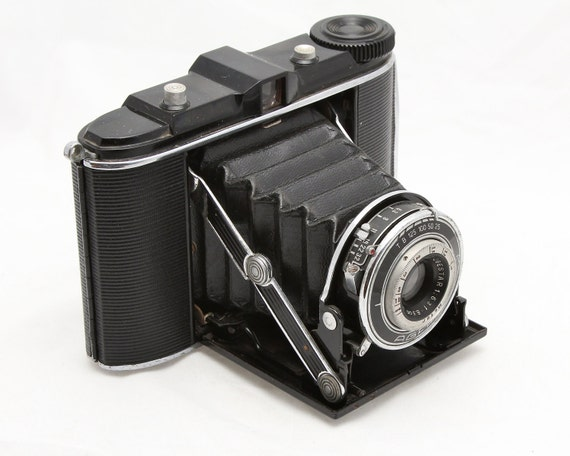 Agfa Isolette Camera - First Version - Medium Format Folding Camera 1930s