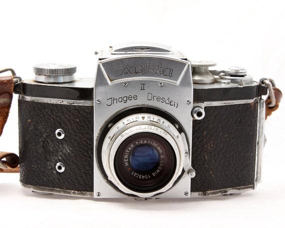 Kine Exakta II SLR camera - Ludwig Meritar 50mm Lens